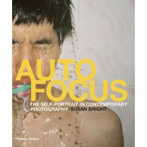 auto-focus-the-self-portrait-in-contemporary-photography-anglais