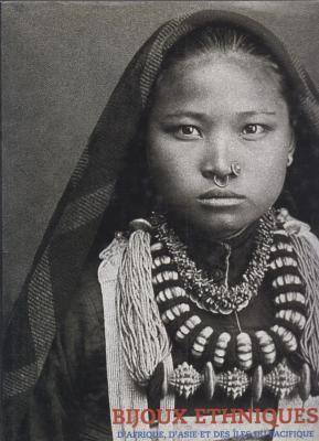 bijoux-ethniques-d-afrique-d-asie-et-des-Iles-du-pacifique-